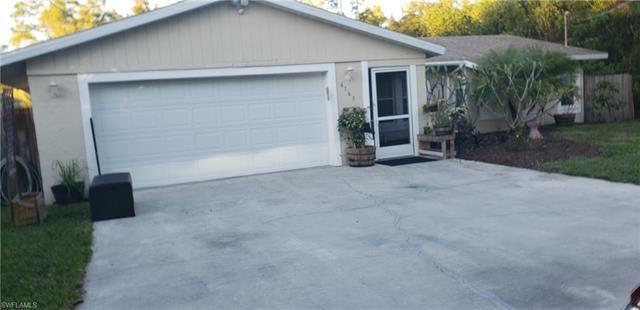 6165 English Oaks LN, Naples, FL 34119 - #: 221024713