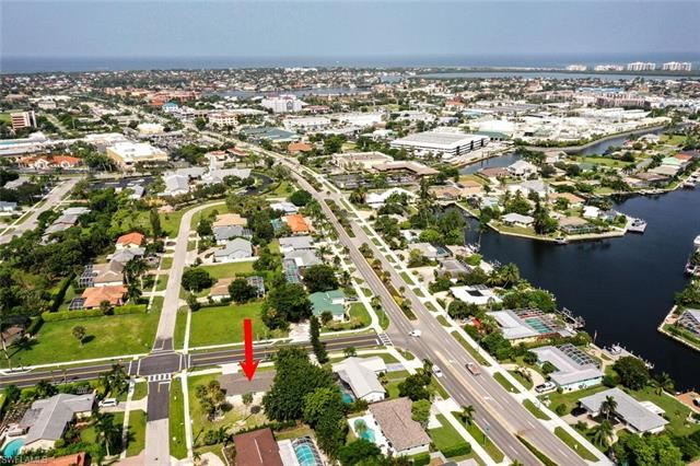 1200 Bluebird AVE, Marco Island, FL 34145 - #: 221066718
