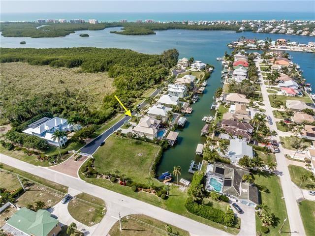 207 Dolphin Cove CT, Bonita Springs, FL 34134 - #: 220013724