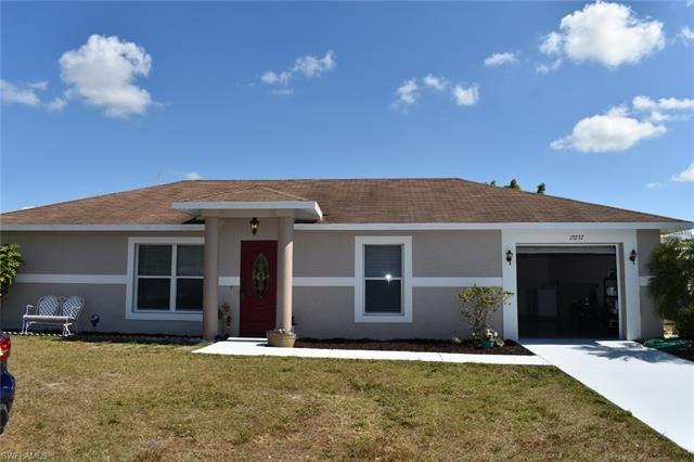 10737 Lemontree CT, Lehigh Acres, FL 33936 - #: 221011724