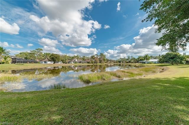 2206 Kings Lake BLVD, Naples, FL 34112 - #: 221011733