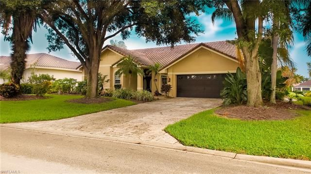 11422 Night Heron DR, Naples, FL 34119 - #: 221011751