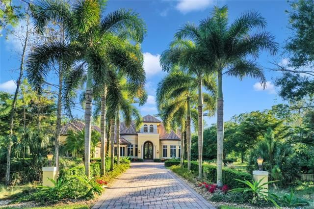 4429 Club Estates DR, Naples, FL 34112 - #: 220079752