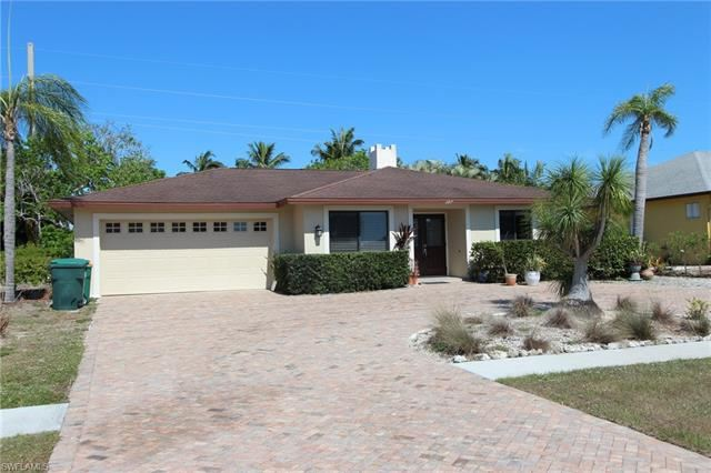 387 S Heathwood DR, Marco Island, FL 34145 - #: 221034761