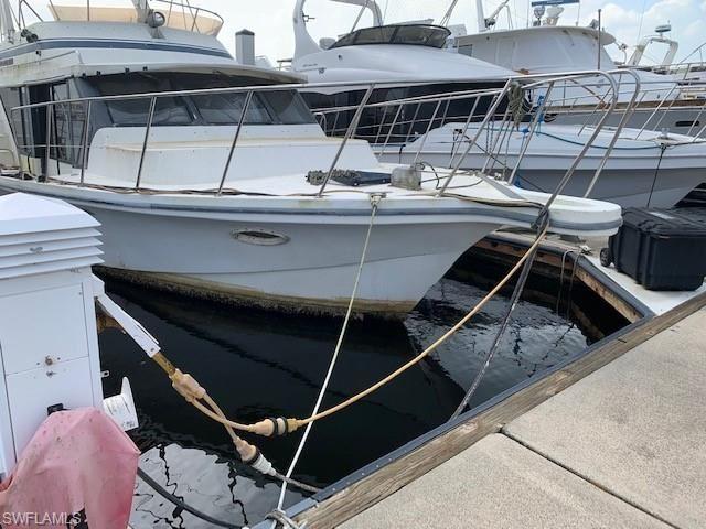 525 Newport DR #F-18, Naples, FL 34114 - #: 221055767
