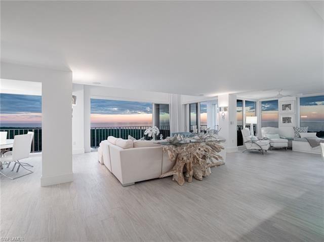 6361 Pelican Bay BLVD #Penthouse 5, Naples, FL 34108 - #: 220004782