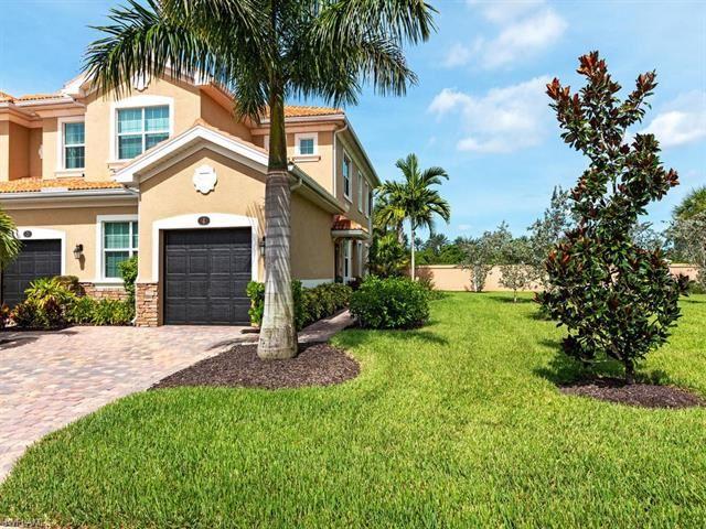 28018 Sosta LN #4, Bonita Springs, FL 34135 - #: 220048789