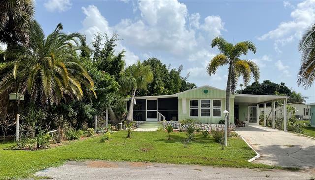100 Pine Key LN #20, Naples, FL 34114 - #: 221061796