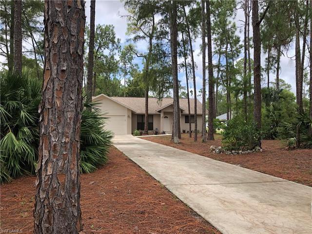 5041 Hickory Wood DR, Naples, FL 34119 - #: 220052799