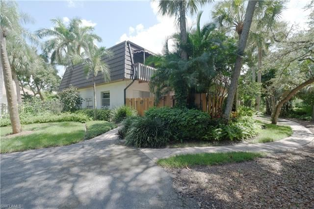 Photo of 465 Broad AVE S #3A, NAPLES, FL 34102 (MLS # 221060800)