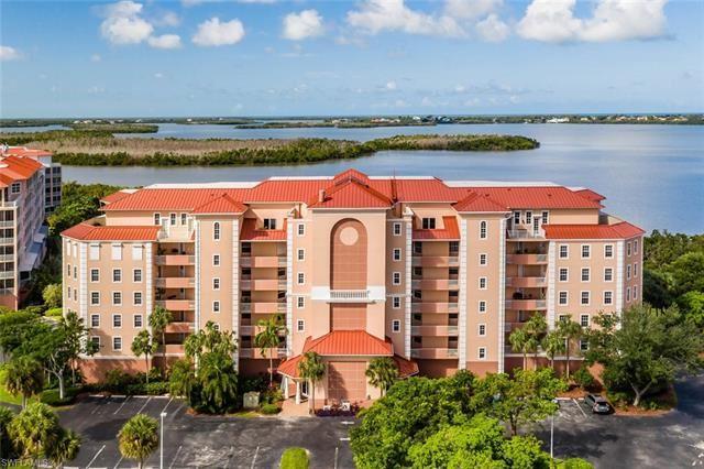 201 Vintage Bay DR #B-15, Marco Island, FL 34145 - #: 220037814