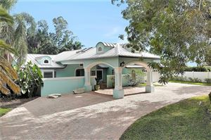 Photo of 700 Old Trail DR, NAPLES, FL 34103 (MLS # 218074849)