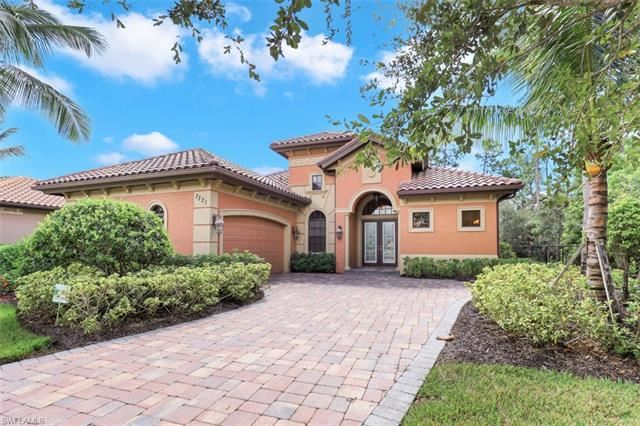 7221 Acorn WAY, Naples, FL 34119 - #: 220064883