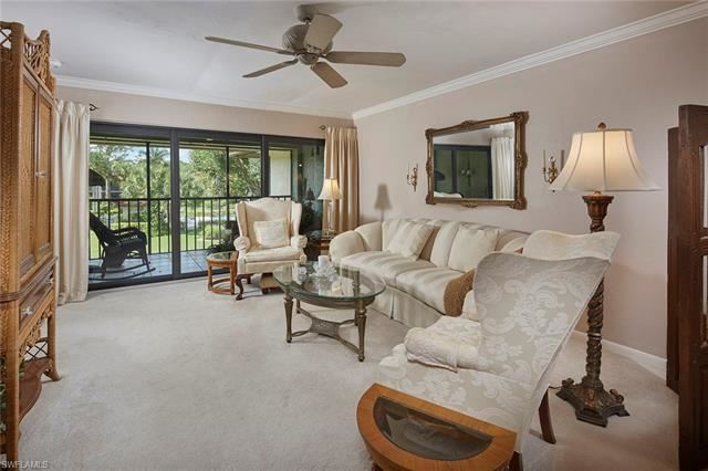 4955 Pepper CIR #B-204, Naples, FL 34113 - #: 220050892