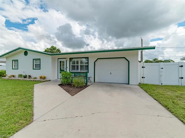 2362 Andros AVE, Fort Myers, FL 33905 - #: 220056894