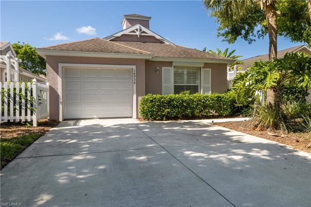 14936 Sterling Oaks DR, Naples, FL 34110 - #: 221045894