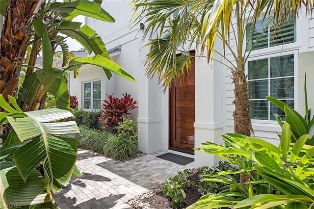 9171 Mercato LN, Naples, FL 34108 - #: 221036905