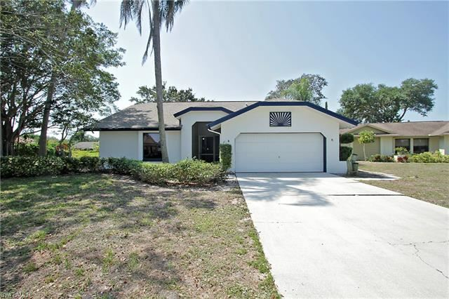 10521 Regent CIR, Naples, FL 34109 - #: 221028918