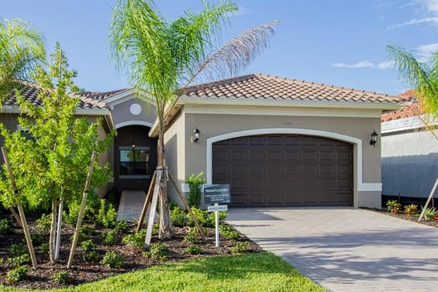 11893 Lakewood Preserve PL, Fort Myers, FL 33913 - #: 220060926