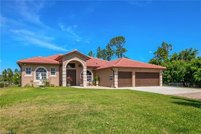1911 47th AVE NE, Naples, FL 34120 - #: 221017928