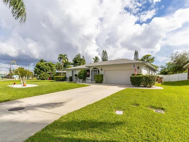 142 SE 43rd LN, Cape Coral, FL 33904 - MLS#: 220056946