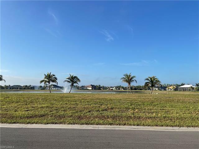 Photo of 14305 Charthouse CIR, NAPLES, FL 34114 (MLS # 221064948)