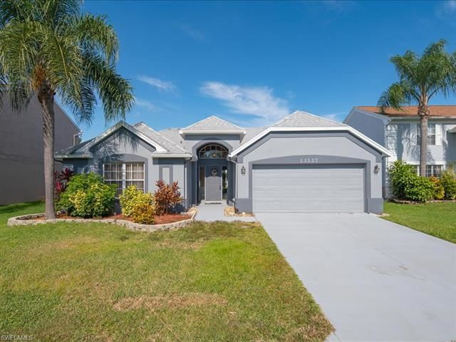 13227 Hastings LN, Fort Myers, FL 33913 - #: 220069958