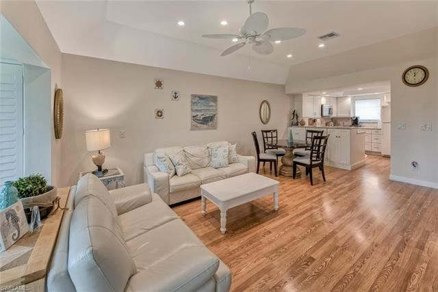 1541 Oyster Catcher PT #1541, Naples, FL 34105 - #: 221028958