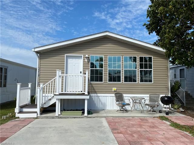 3268 Ott LN, Bonita Springs, FL 34134 - #: 221011973