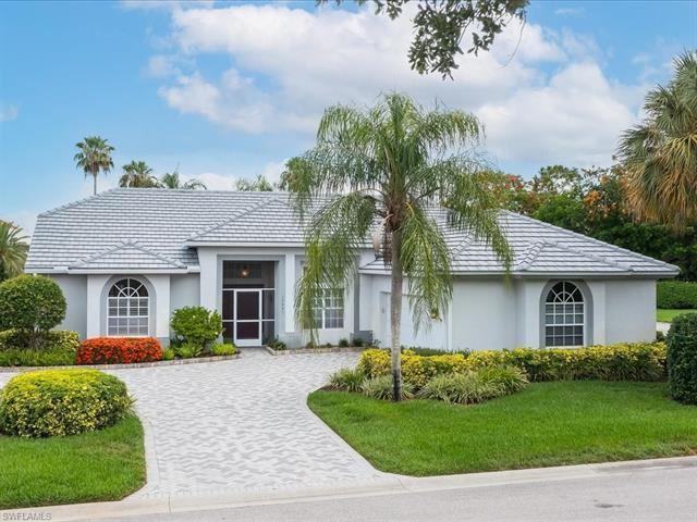 13891 Tonbridge CT, Bonita Springs, FL 34135 - #: 221043980