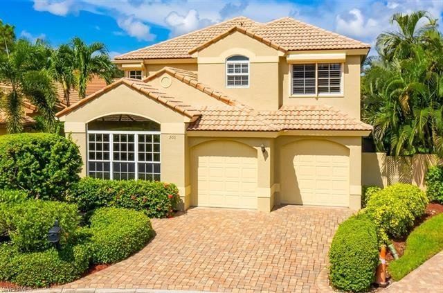 200 Vista LN, Naples, FL 34119 - #: 220003984