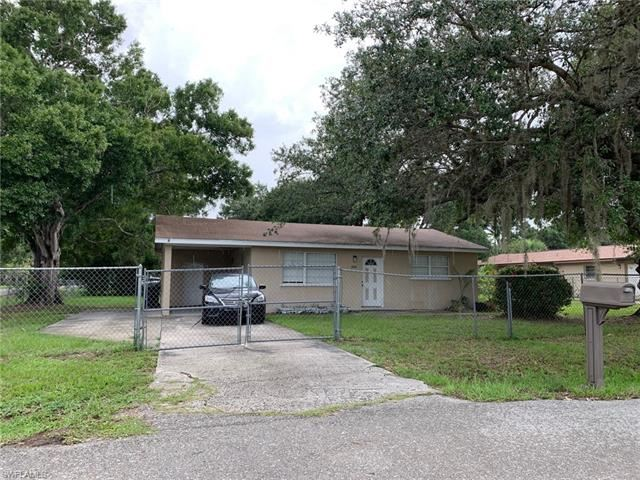 1044 Luray AVE, Fort Myers, FL 33916 - #: 220037984