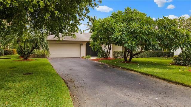 165 Forest Hills BLVD, Naples, FL 34113 - #: 220057995