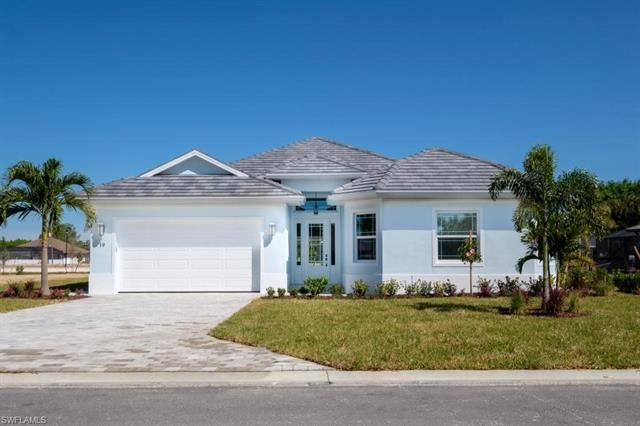 11 Willoughby DR, Naples, FL 34110 - #: 220059998