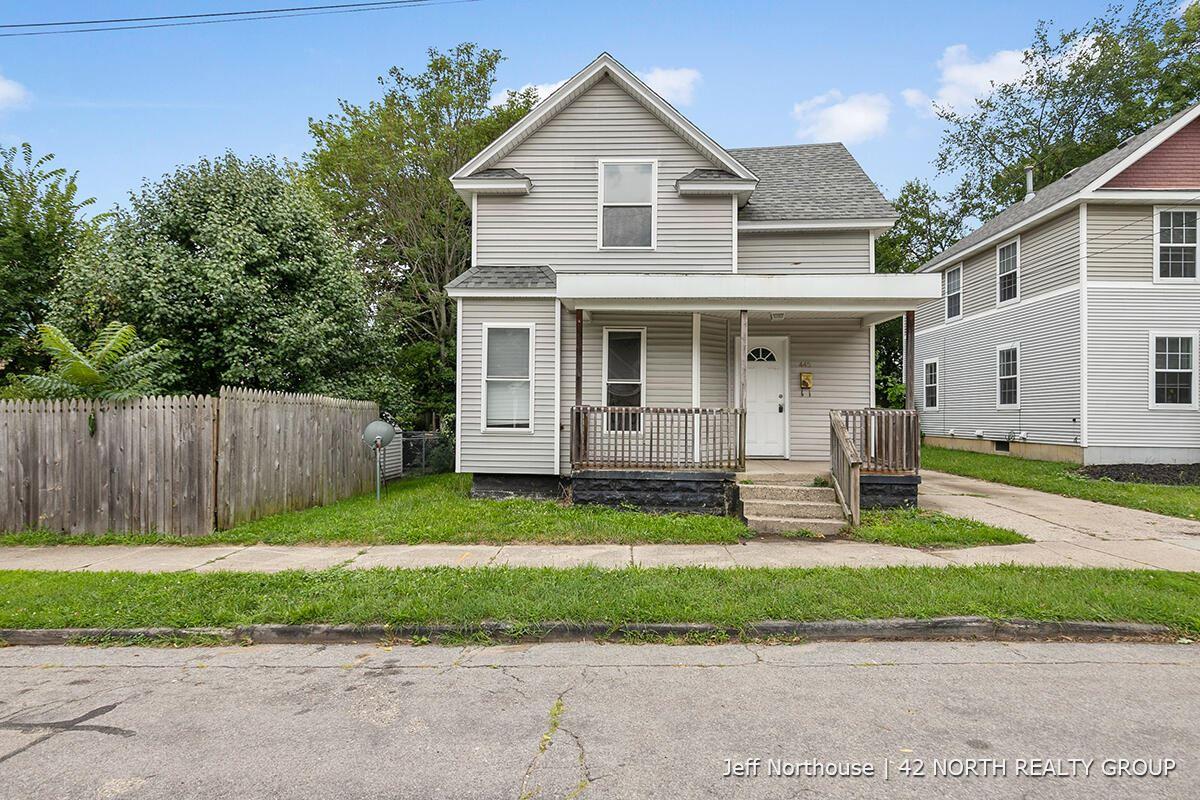445 Charles Avenue SE, Grand Rapids, MI 49503 - MLS#: 21100002
