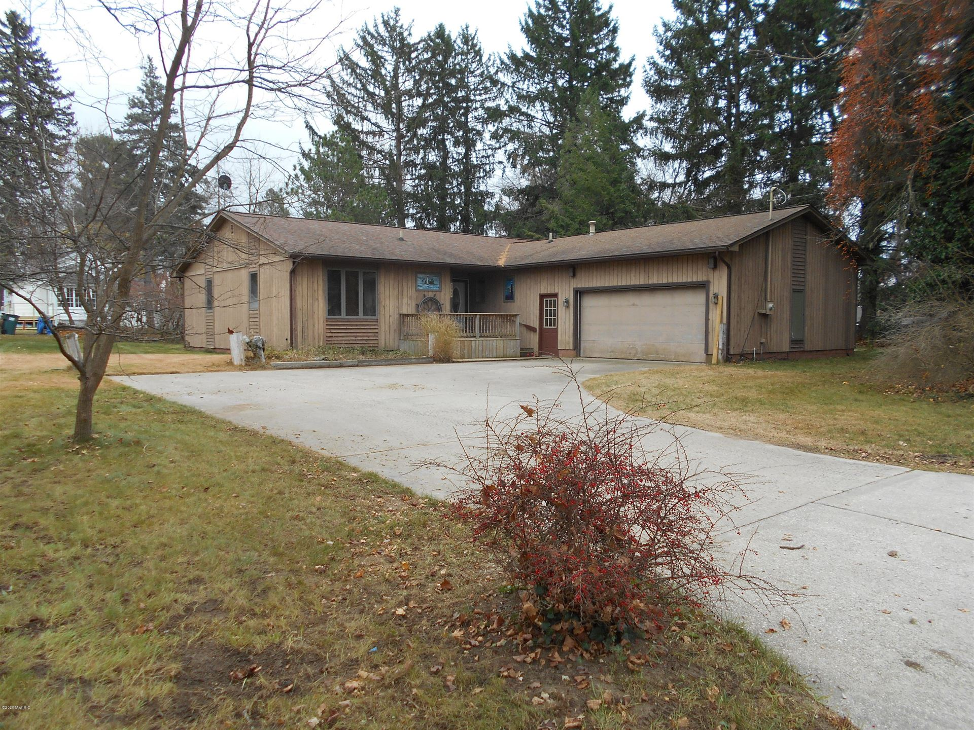 3944 Bennett Street, Norton Shores, MI 49441 - MLS#: 20049004