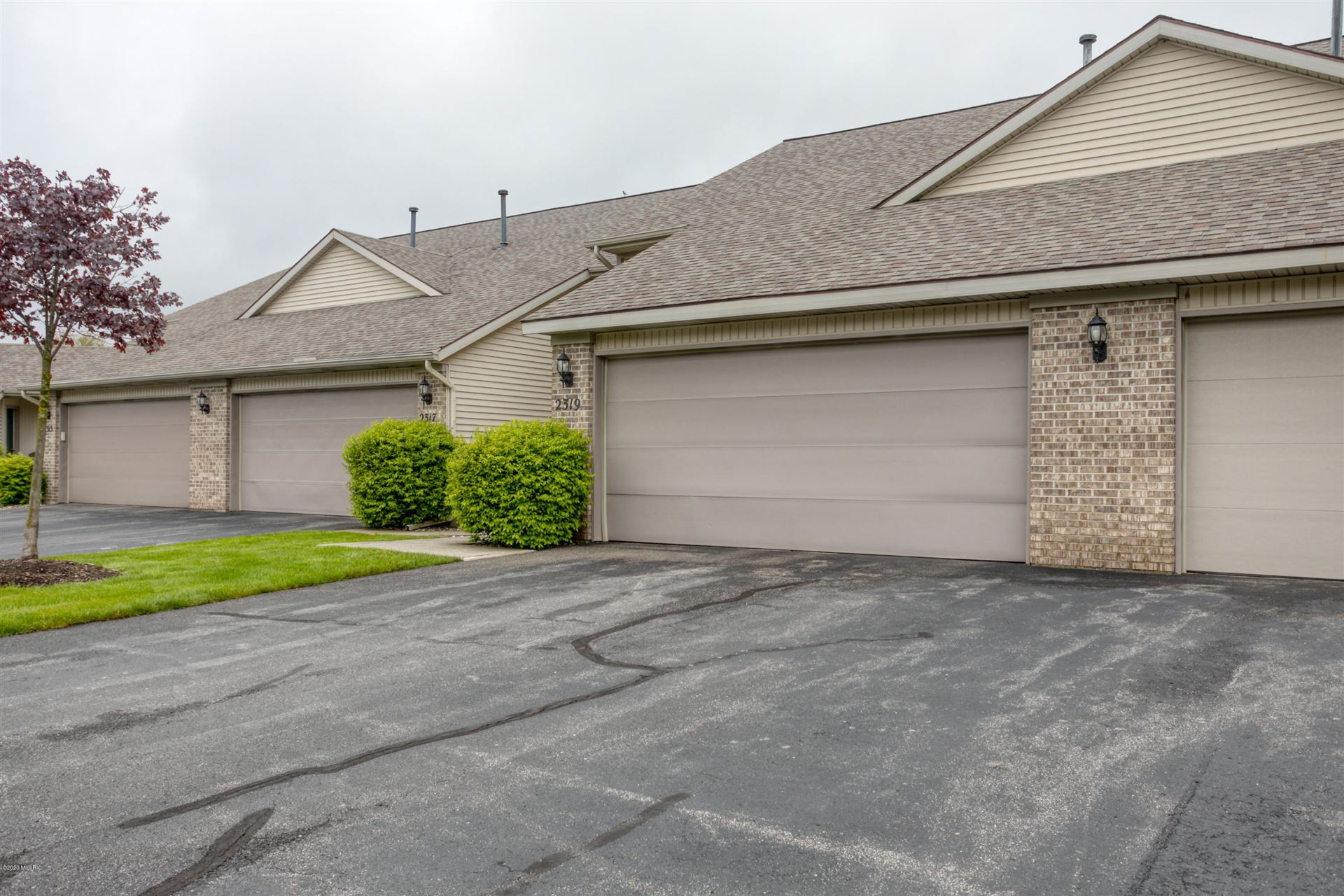 2319 S Highland View Circle SE #51, Grand Rapids, MI 49506 - #: 20017005