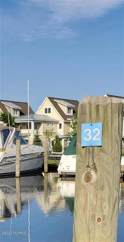 Photo of 910 W Savidge #32, Spring Lake, MI 49456 (MLS # 20037012)