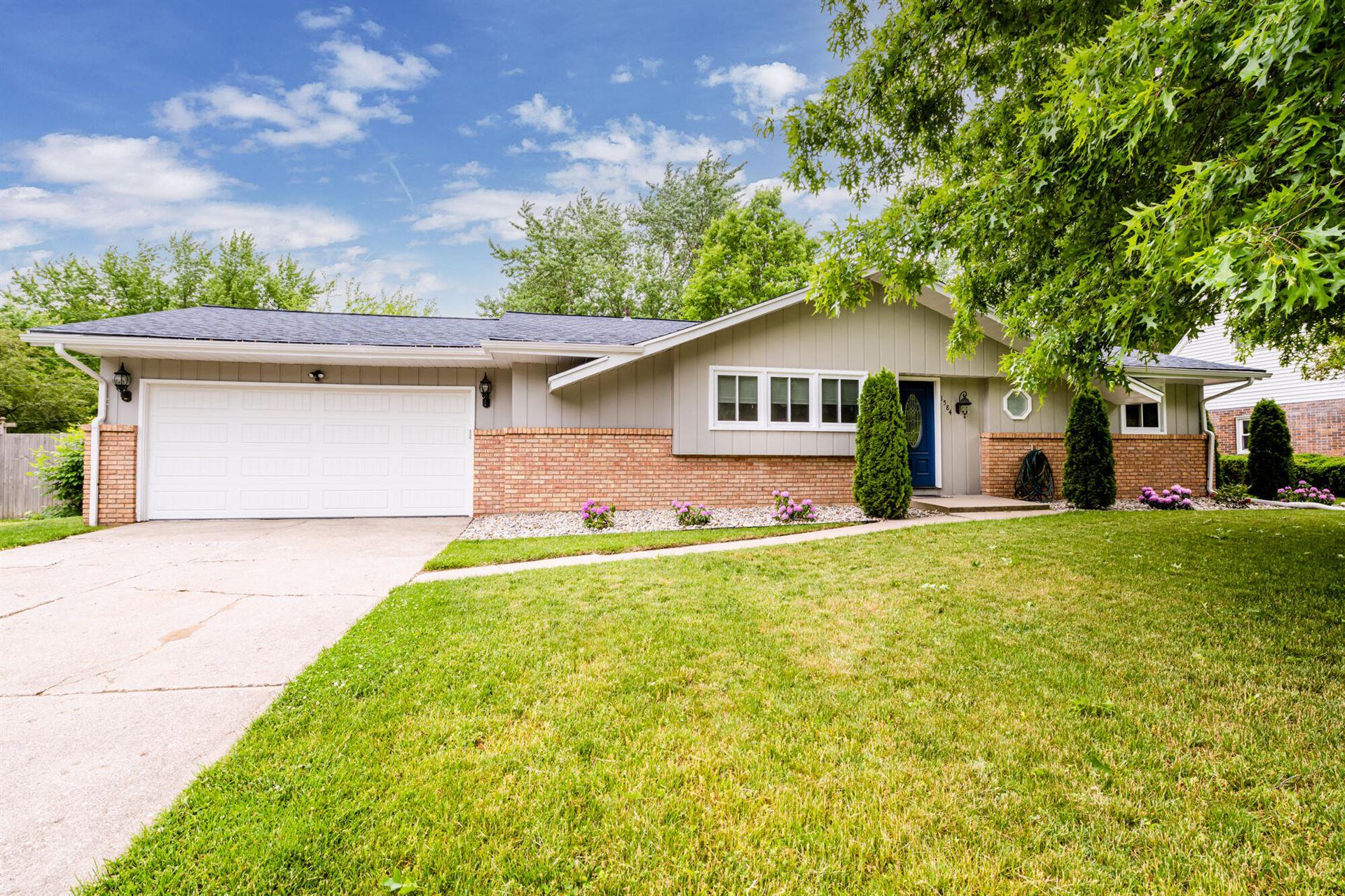 1584 S Teakwood Drive, Stevensville, MI 49127 - MLS#: 21020016