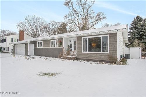 Photo of 710 Dexter Street, Ludington, MI 49431 (MLS # 21002021)