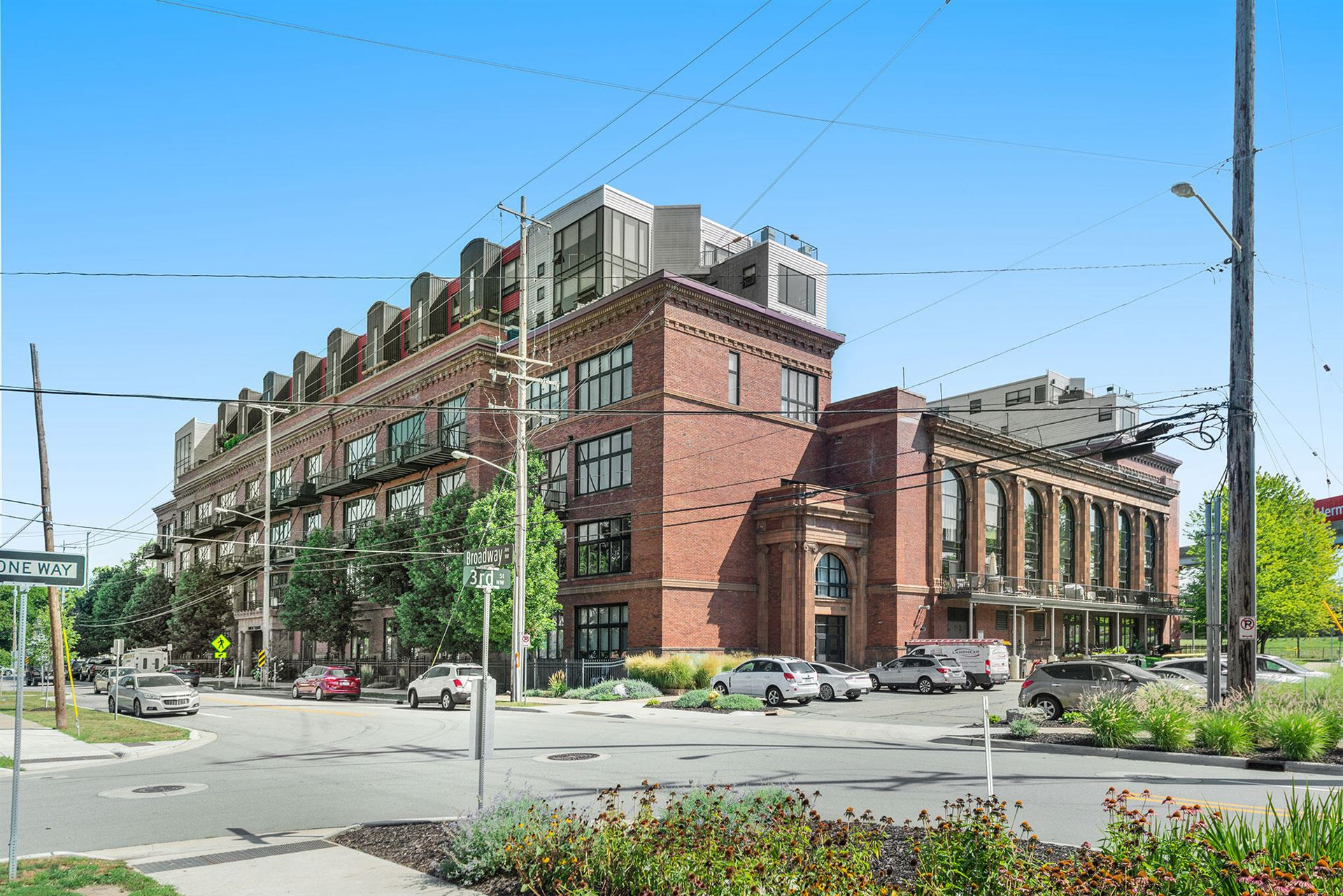600 Broadway Avenue NW #243, Grand Rapids, MI 49504 - MLS#: 21103023