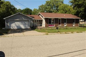 Photo of 906 Windsor Avenue, Muskegon, MI 49441 (MLS # 19033031)