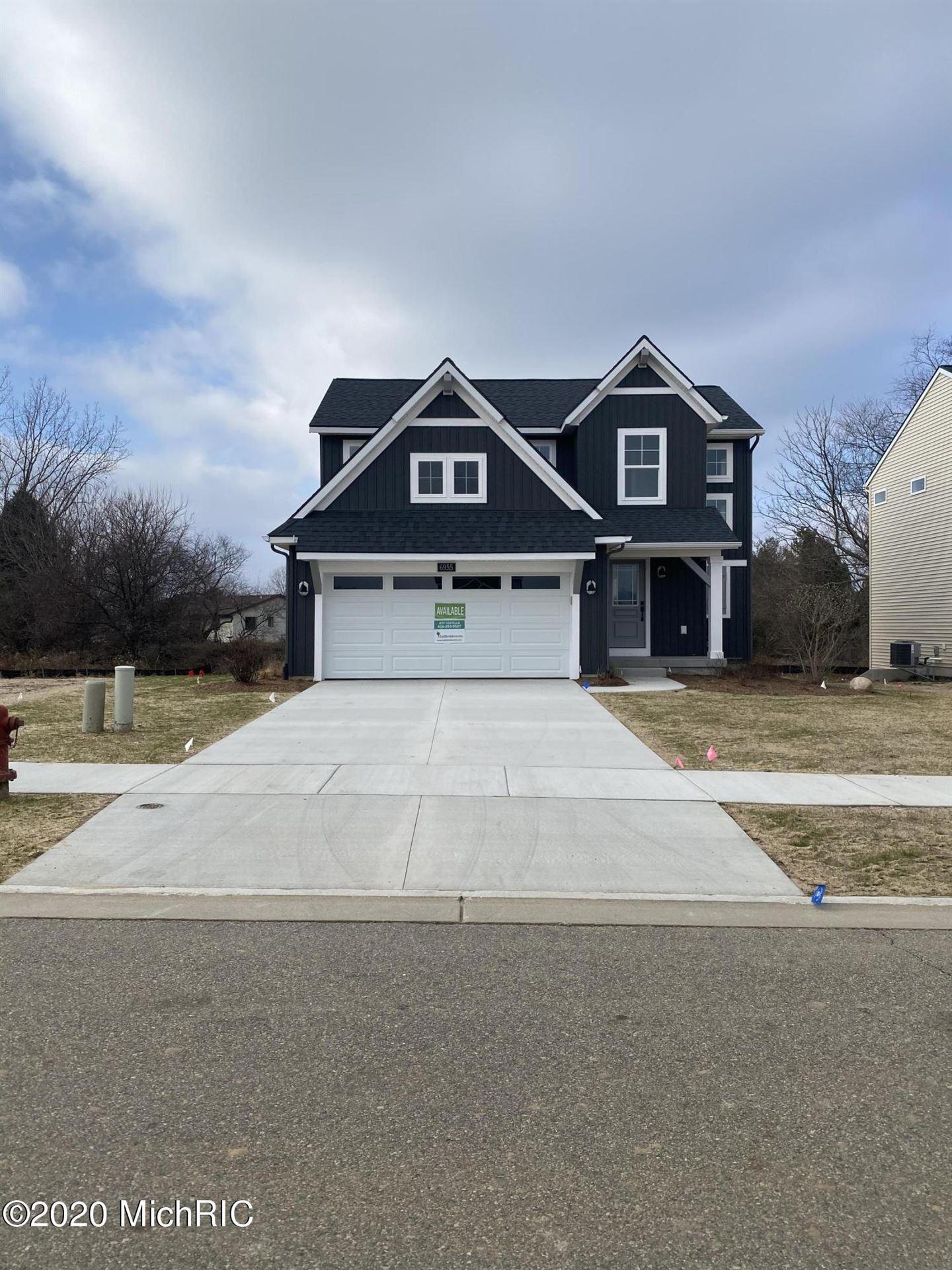 Photo of 6955 West Cottage #25, Rockford, MI 49341 (MLS # 20018032)