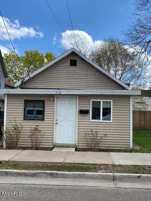 710 Baxter Street SE, Grand Rapids, MI 49503 - MLS#: 21012035