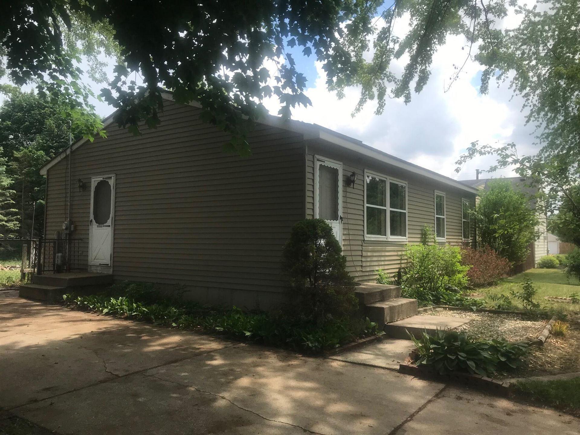 Photo of 217 Roberta Jayne Drive, Lowell, MI 49331 (MLS # 21022035)