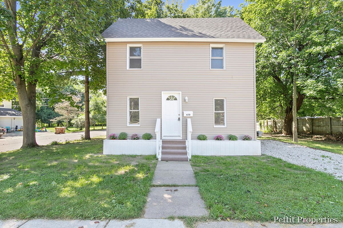 620 E Green Street, Marshall, MI 49068 - MLS#: 21105038