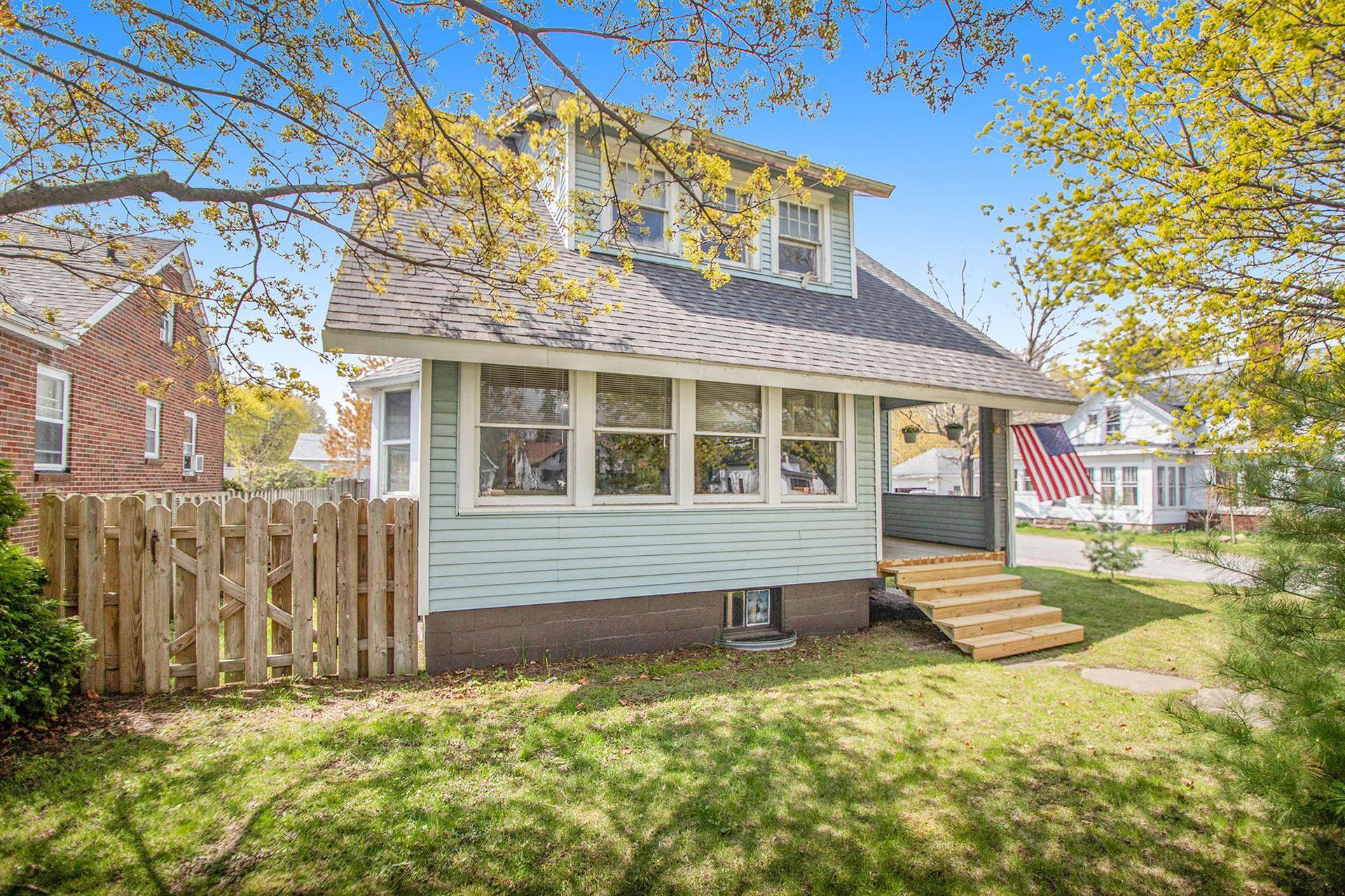 1682 Colfax Avenue, Benton Harbor, MI 49022 - MLS#: 21014041
