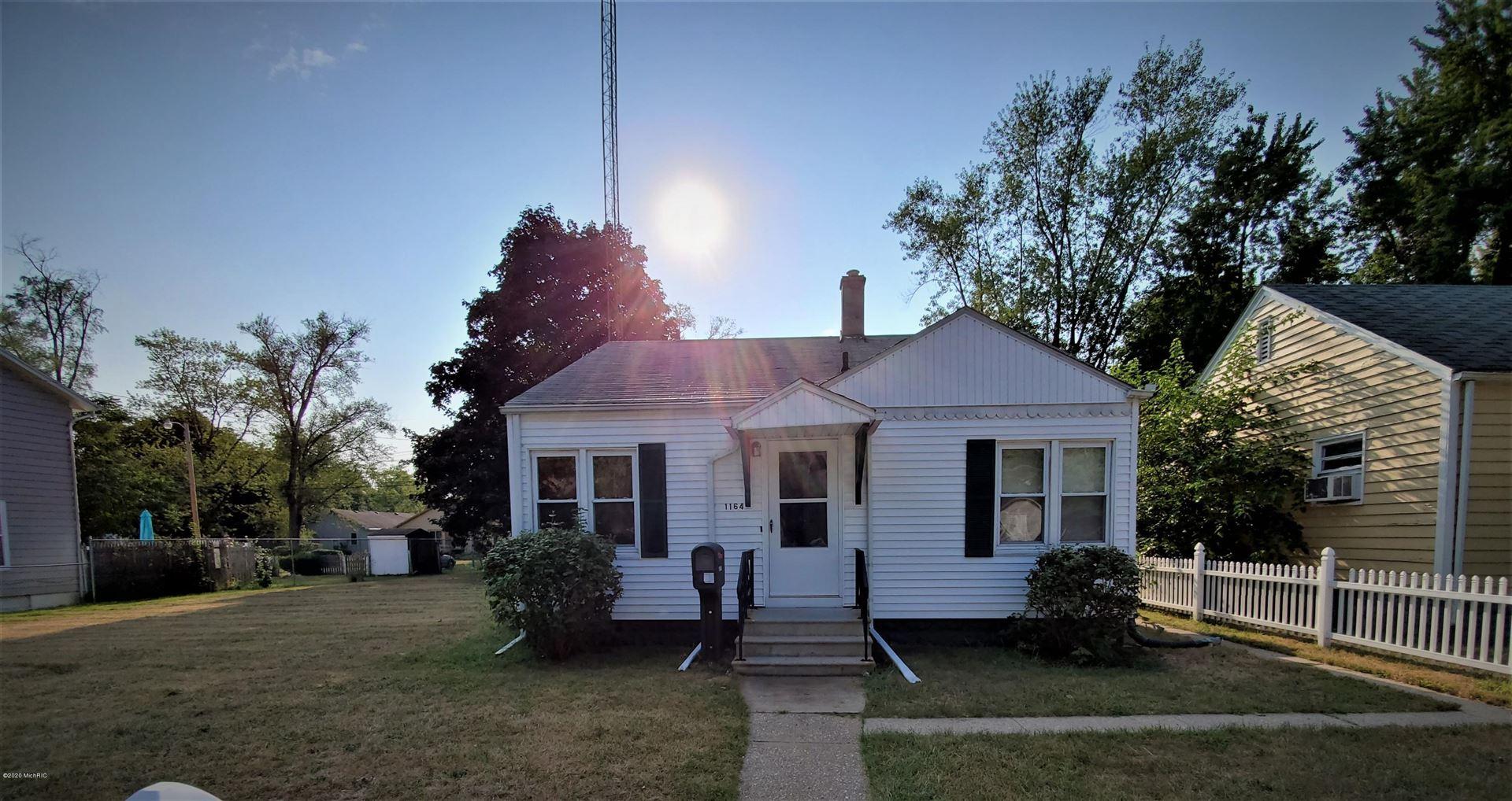 1164 Monroe Street, Benton Harbor, MI 49022 - MLS#: 20035042