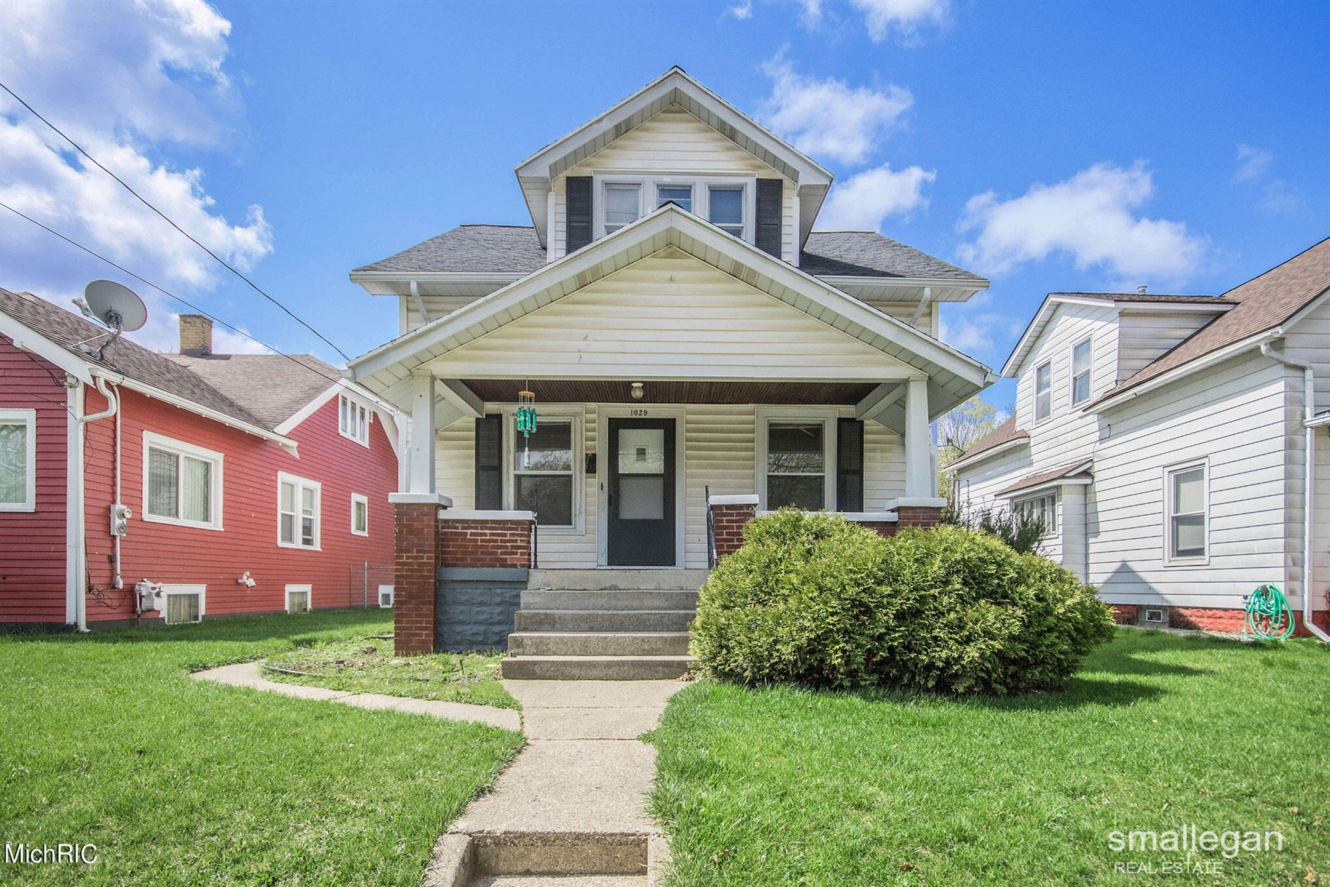 1029 Davis Avenue NW, Grand Rapids, MI 49504 - MLS#: 21012042