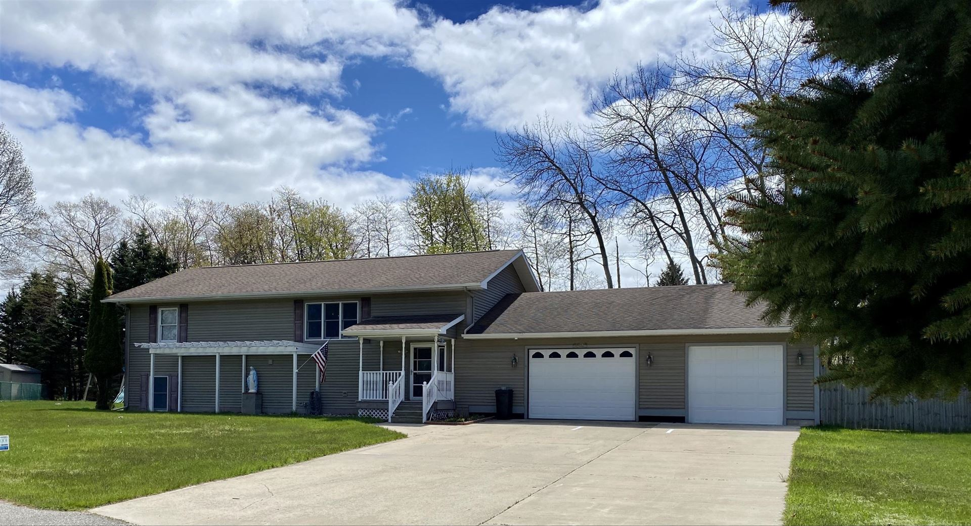 6643 W Park View Court, Ludington, MI 49431 - MLS#: 21013044